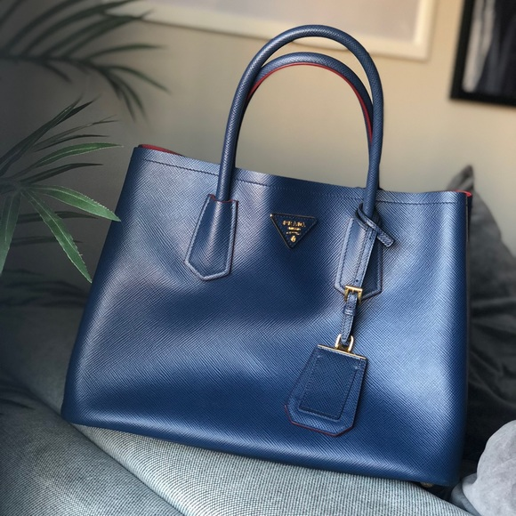 c0593cd4 Prada Saffiano Cuir Double Medium Tote Bag